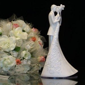Gina Freehill - Bride and Groom - First Dance - Wedding Cake Topper
