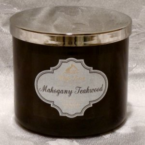 White Barn Mahogany Teakwood Candle 14.5oz