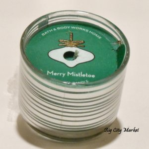 Bath and Body Works Merry Mistletoe Mini Candle - 1.3oz