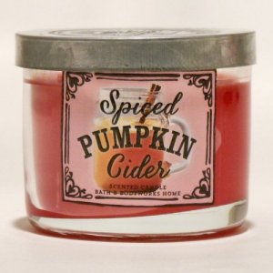 Bath and Body Works Spiced Pumpkin Cider Mini Candle - 1.3oz