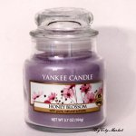 Yankee Candle Honey Blossom Candle - 3.7 oz